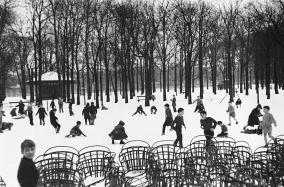 Boubat - Jardin Luxembourg 1955