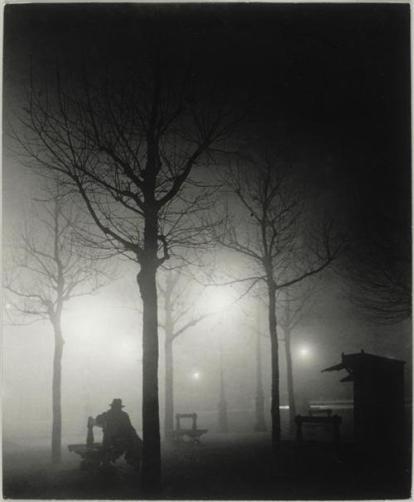 Brassai - Avenue de l'observatoire dans le brouillard