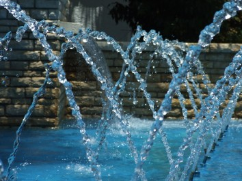 stockvault-water-fountain147994