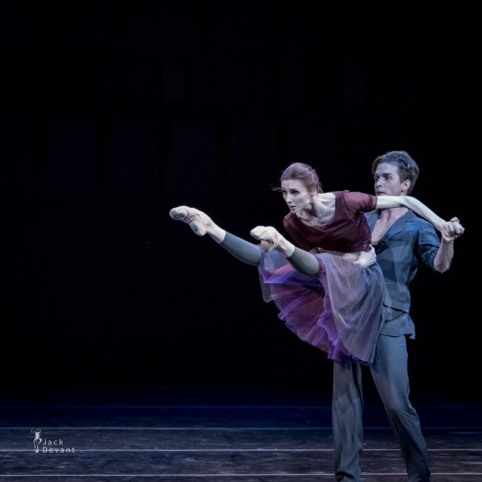 Svetlana Zakarova & Vladimir Varnava – Pas de deux « Plus-Minus-Zero » – © Photo Jack Devant